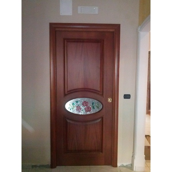 Porte in legno interne ed esterne porte blindate salerno for Immagini porte interne